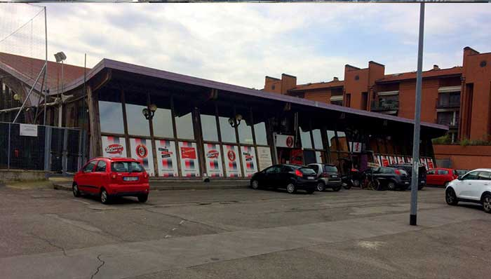 Lombardia Uno | Affitto Campi da Calcio, Calcetto, Beach Volley, Beach Tennis, Foot Volley e Paddle Padel a Milano | immagine Palauno struttura